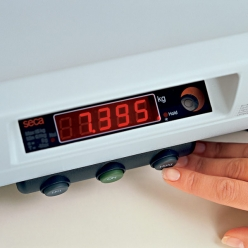 Seca 757 Electronic Baby Scales with Integrated RS232 Interface